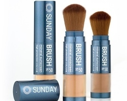 Sunday Brush met SPF 50